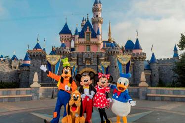Entenda tudo sobre os ingressos dos parques Disney e Universal